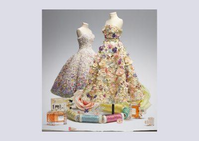 Christian-dior-half-size-mannequins-flowers